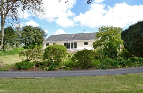 Last Minute Cottages - Lucy's at the Grange - UK11519