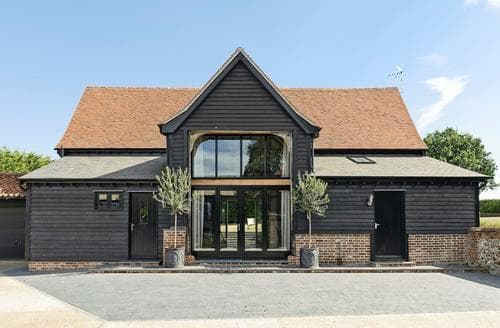 Last Minute Cottages - Tatters Barn