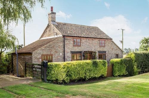 Last Minute Cottages - Fen Cottage