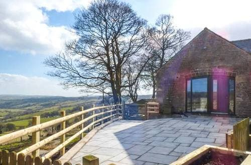 Last Minute Cottages - The Barn at Hill House