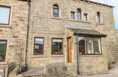 Last Minute Cottages - Haworth Stable Cottage