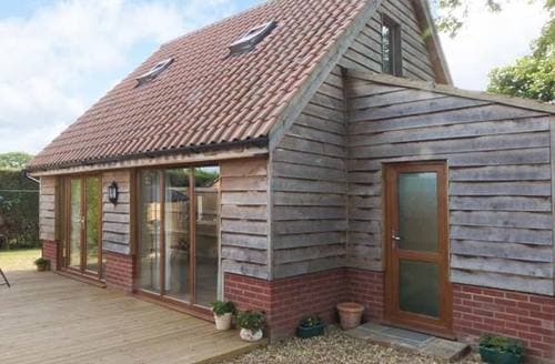 Last Minute Cottages - Foxley Lodge