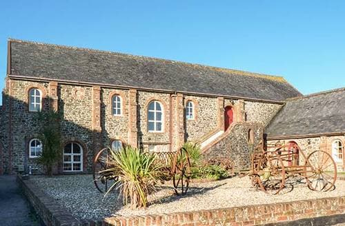 Last Minute Cottages - Lundy View The Granary