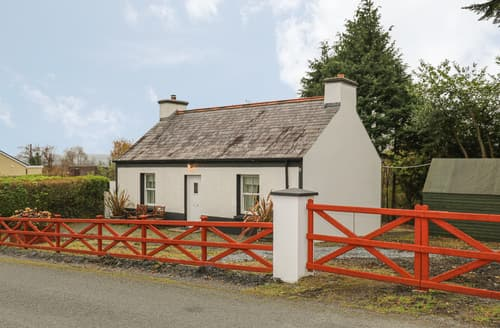 Last Minute Cottages - Curraghamone