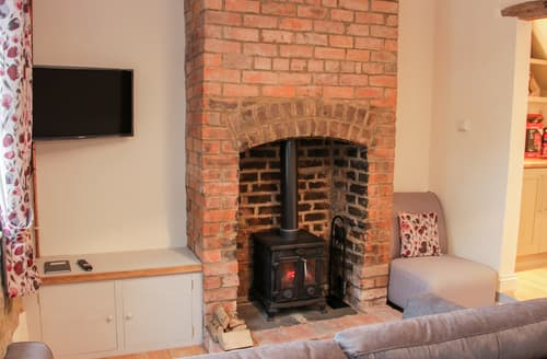 Last Minute Cottages - Pinner's Cottage