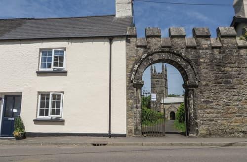 Last Minute Cottages - Church Gate Cottage