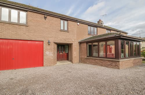 Last Minute Cottages - Yewtree House