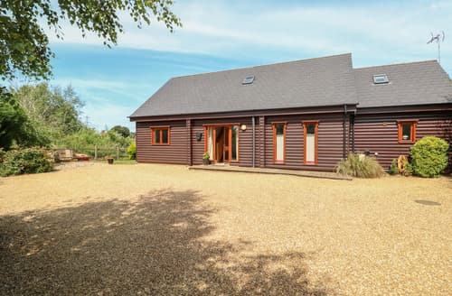 Last Minute Cottages - Waters Reach