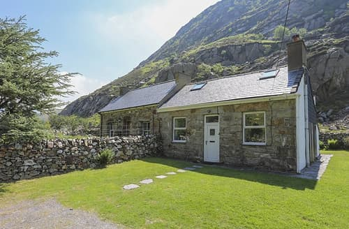 Last Minute Cottages - Tan Meredydd