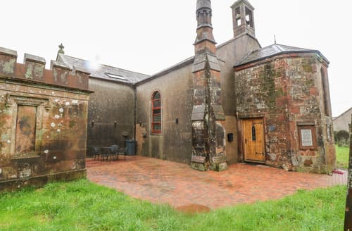 Last Minute Cottages - Cummertrees Church