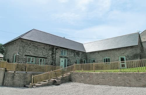 Last Minute Cottages - White Dove Barn