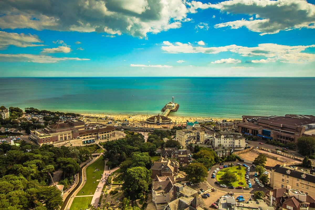 <span>Holiday Cottages In Bournemouth</span> - Save up to 60%