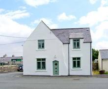 Snaptrip - Last minute cottages - Wonderful Aberffraw Cottage S9030 -
