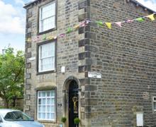 Snaptrip - Last minute cottages - Splendid Addingham Cottage S9067 -