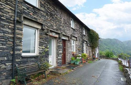 Snaptrip - Last minute cottages - Stunning Coniston Cottage S9149 -
