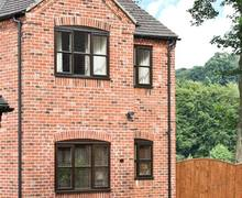 Snaptrip - Last minute cottages - Inviting Wirksworth Cottage S9153 -