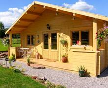 Snaptrip - Last minute cottages - Cosy Penallt Lodge S9235 -
