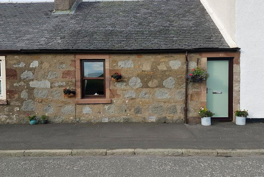 Lilac Bank Cottage Delightful, traditional cottage  | Lilac Bank Cottage, Crosshill, near Maybole