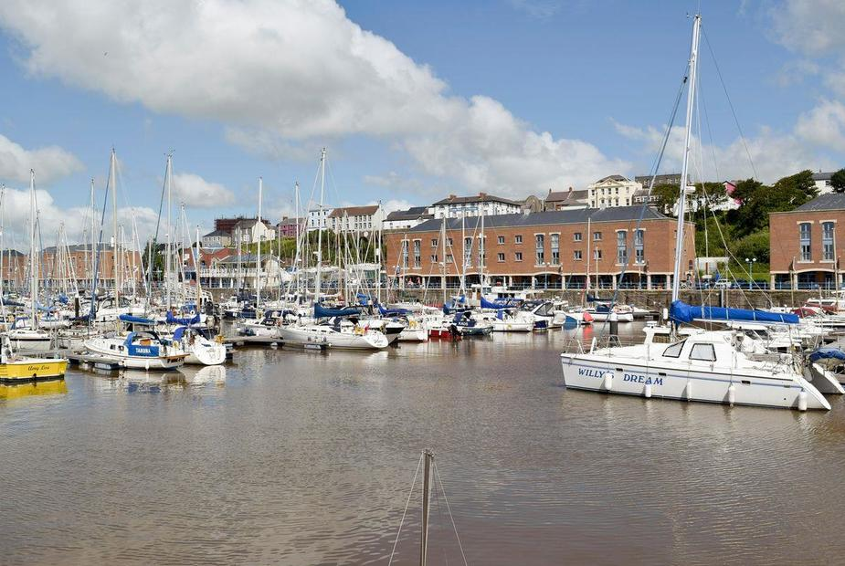 Haven View First floor marina-side apartment | Haven View, Milford Haven Marina