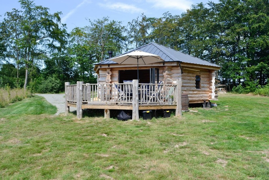 Woodlands Retreat Detached log cabin | Woodlands Retreat, Glasbury, near Hay-on-Wye