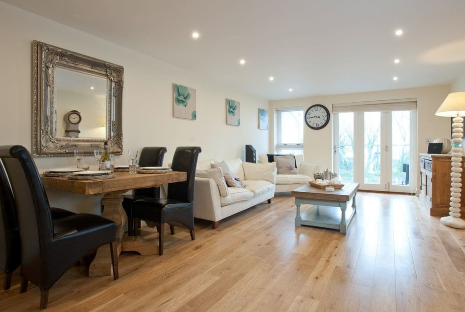 Spacious open-plan living space | 1 Sandy Lane, Carbis Bay, nr St Ives - 1 Sandy Lane