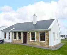 Snaptrip - Last minute cottages - Delightful Westport Cottage S9466 -