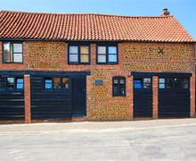 Snaptrip - Last minute cottages - Excellent Snettisham Rental S9735 - External