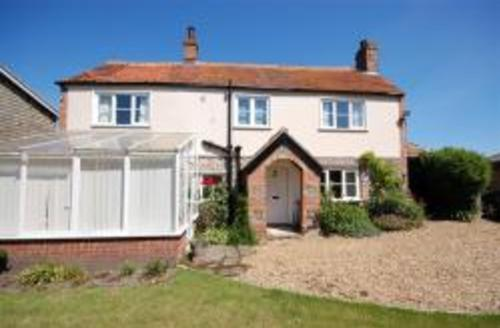Snaptrip - Last minute cottages - Attractive Cley Rental S9762 - Exterior view