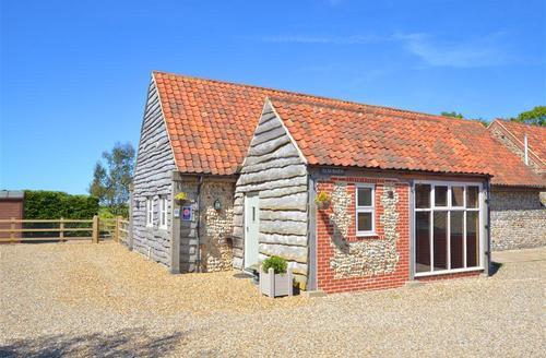 Snaptrip - Last minute cottages - Gorgeous Sea Palling Rental S9790 - Exterior