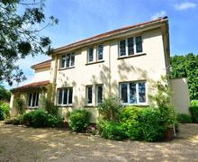 Snaptrip - Last minute cottages - Inviting Walsingham (Little) Rental S9796 - Exterior view