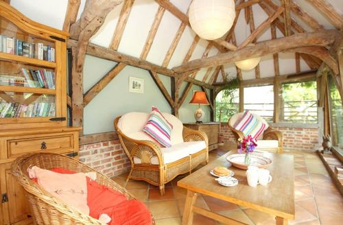 Snaptrip - Last minute cottages - Exquisite Aylesham Cottage S69571 -