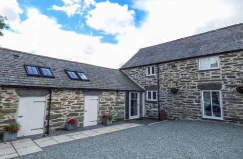 Snaptrip - Last minute cottages - Beautiful Llangwm Cottage S58113 -
