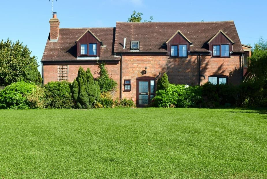 Lawn Farm Cottage Peaceful detached holiday cottage  | Lawn Farm Cottage, Churcham, near Gloucester