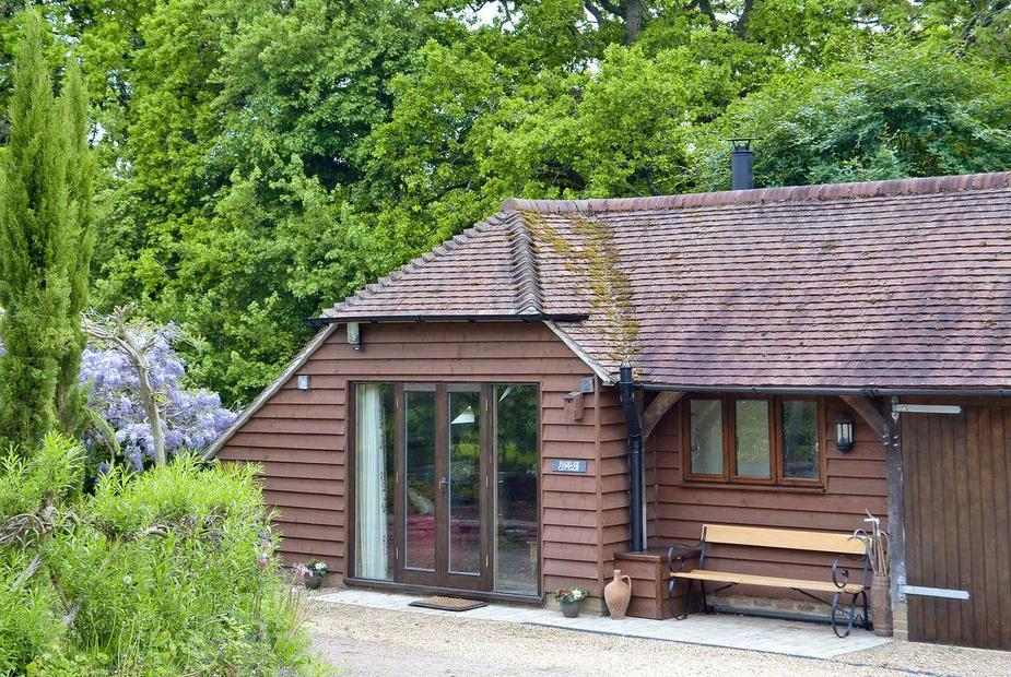 Fairlee Cottage Exterior | Fairlee Cottage, Rudgwick, nr. Horsham