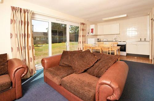 Snaptrip - Last minute cottages - Attractive Burnham On Sea Lodge S70259 - Typical SG 3 Bed Silver Chalet
