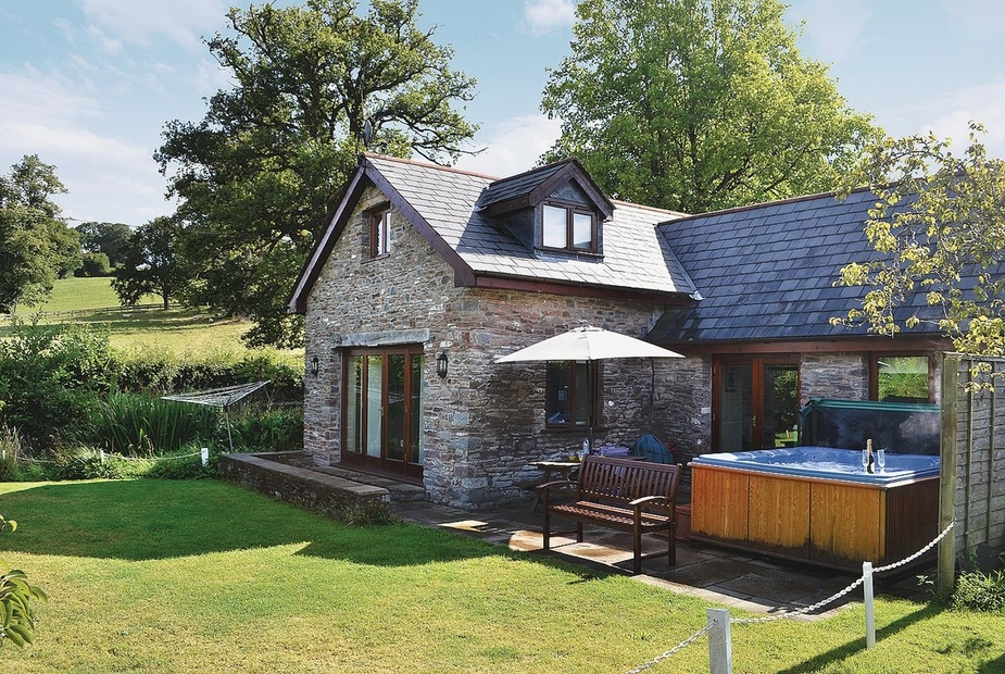 Wagon House Cottage - HW7576 Exterior | Wagon House Cottage, Llangwm, nr. Usk