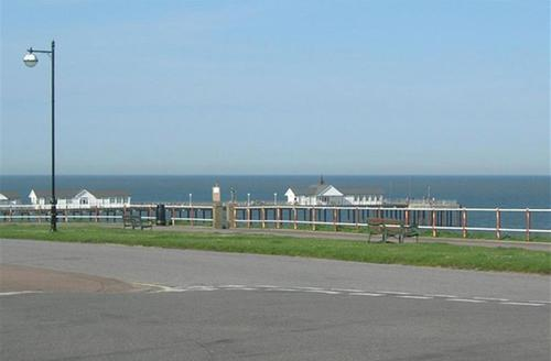 Snaptrip - Last minute cottages - Delightful Southwold Rental S9942 - The View - View 1