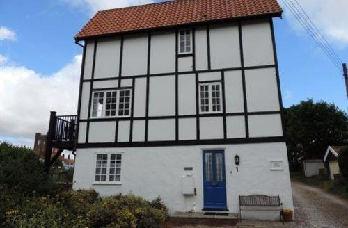 Snaptrip - Last minute cottages - Charming Thorpeness Lodge S70851 - 1322672