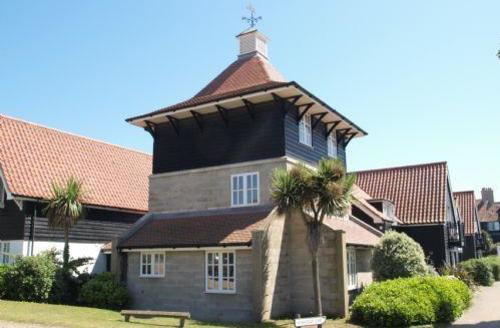 Snaptrip - Last minute cottages - Beautiful Thorpeness Cottage S70856 - 4249269