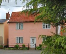 Snaptrip - Last minute cottages - Excellent Middleton Rental S9970 - Exterior