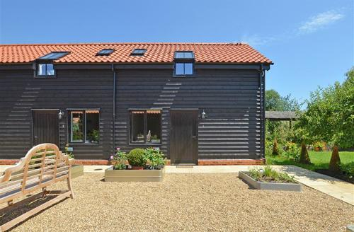 Snaptrip - Last minute cottages - Adorable Saxmundham Rental S9971 - Exterior - View 2