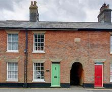 Snaptrip - Last minute cottages - Wonderful Southwold Rental S9986 - Exterior