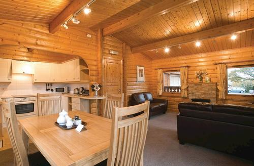 Snaptrip - Last minute cottages - Excellent Battle Lodge S71062 - The Heritage