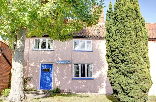 Snaptrip - Last minute cottages - Quaint Saxmundham Rental S9997 - Exterior