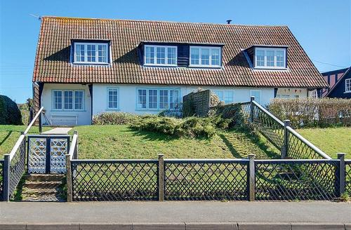 Snaptrip - Last minute cottages - Cosy Thorpeness Rental S10024 - Exterior - View 1