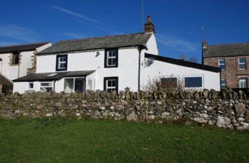 Snaptrip - Last minute cottages - Quaint Motherby Cottage S71394 -