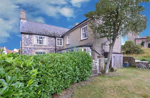 Snaptrip - Last minute cottages - Stunning Saxmundham Rental S10041 - Exterior - View 1