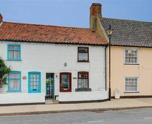 Snaptrip - Last minute cottages - Superb Aldeburgh Rental S10047 - Front exterior