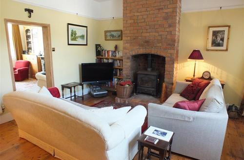 Snaptrip - Last minute cottages - Delightful  Cottage S71740 - 2160-0-Elm House - Meifod