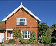 Snaptrip - Last minute cottages - Superb Saxmundham Rental S10091 - Exterior